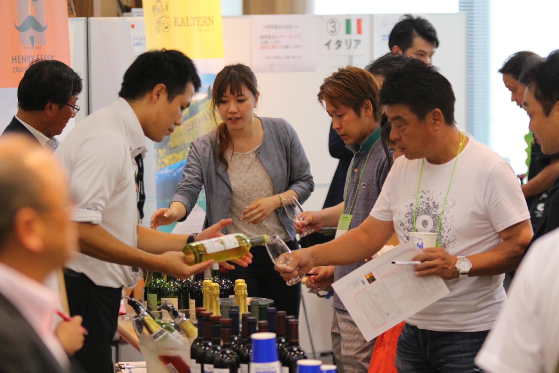 梅田/大阪駅で会社の人と飲み会・パーティーに使えるおすすめグルメ | ヒトサラ